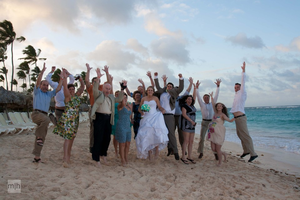 fredericton photographer, destination wedding, beach