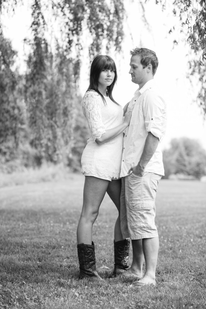 fredericton wedding photographer - engagement session