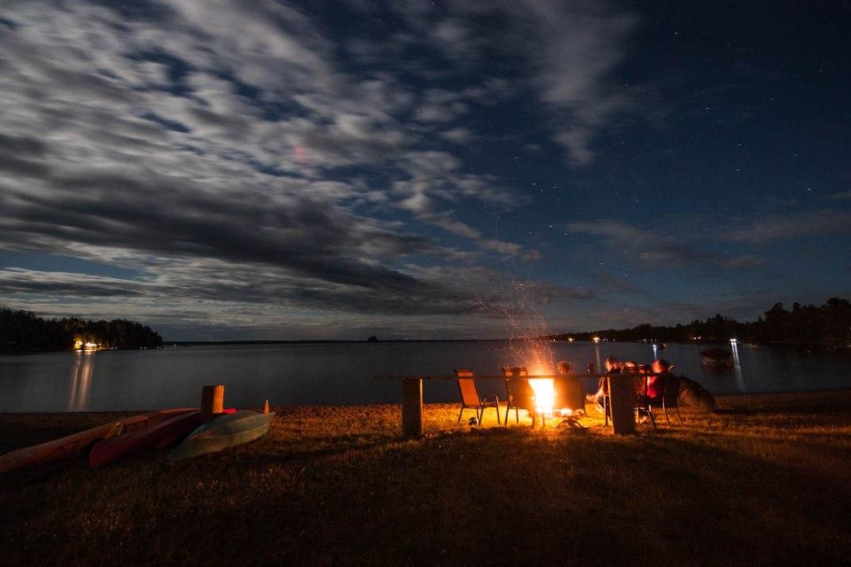 fredericton photographer - campfire